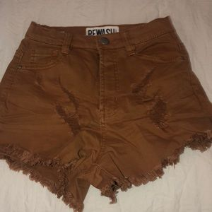 High rise mud color shorts